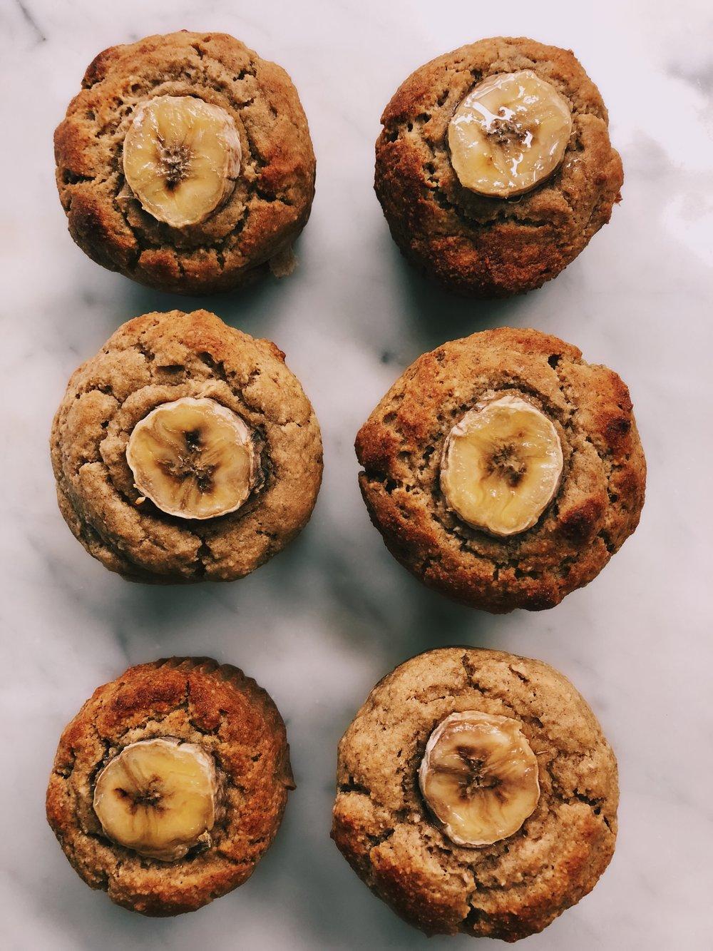 fluffy banana muffins by kalejunkie