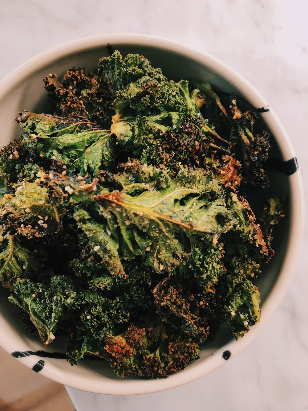 easiest ever kale chips by kalejunkie