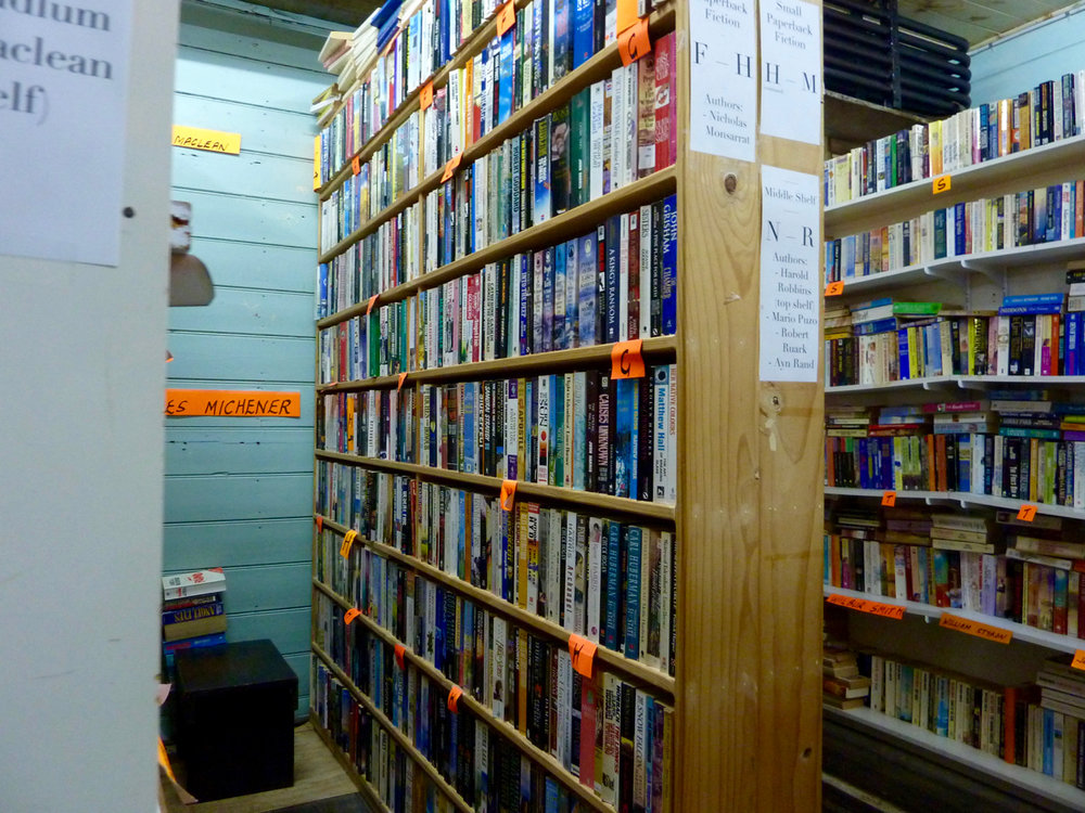 BB small paperback shelves-2 21-04-2017.jpg