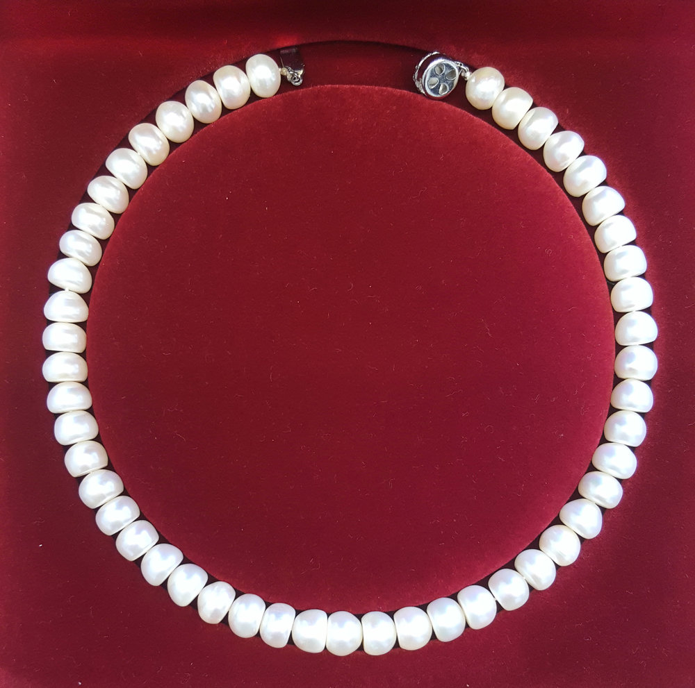 """16"""" White Button Freshwater Pearl Necklace"""