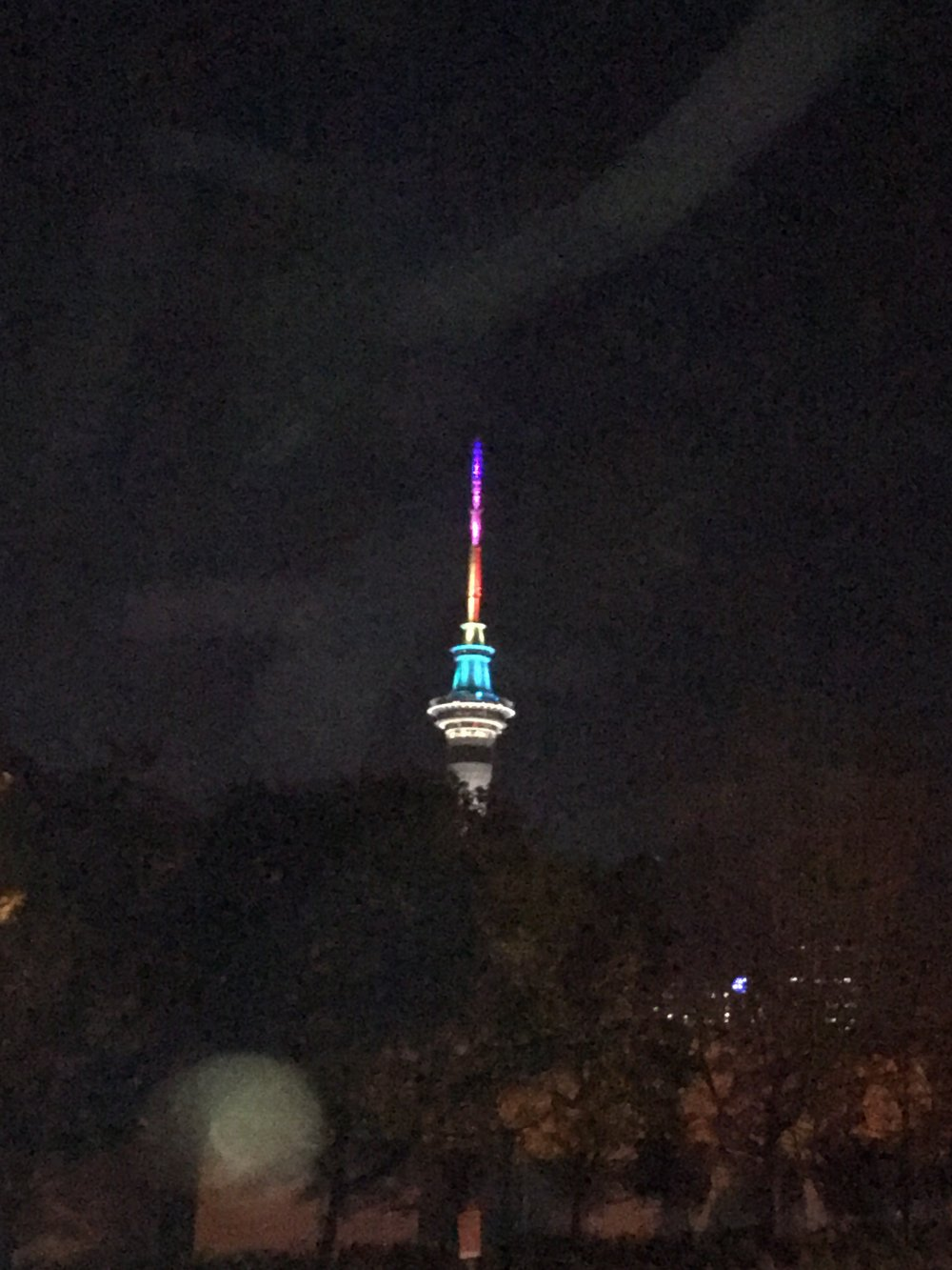 Auckland's tribute to the Pulse victims. This is one of the first things we saw when we landed. Our taxi driver explained to us, as best he knew, what had happened.