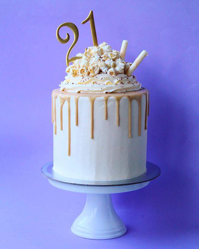 Caramel milkshake 🍿🥛