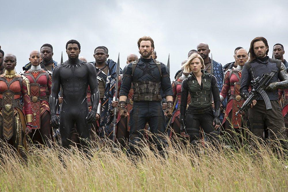 Chris Evans,Scarlett Johansson,Chadwick Boseman,Sebastian Stan,Danai Gurira,Marie Mouroum, and Winston Duke in Avengers: Infinity War (2018) © 2018 - Marvel Studios