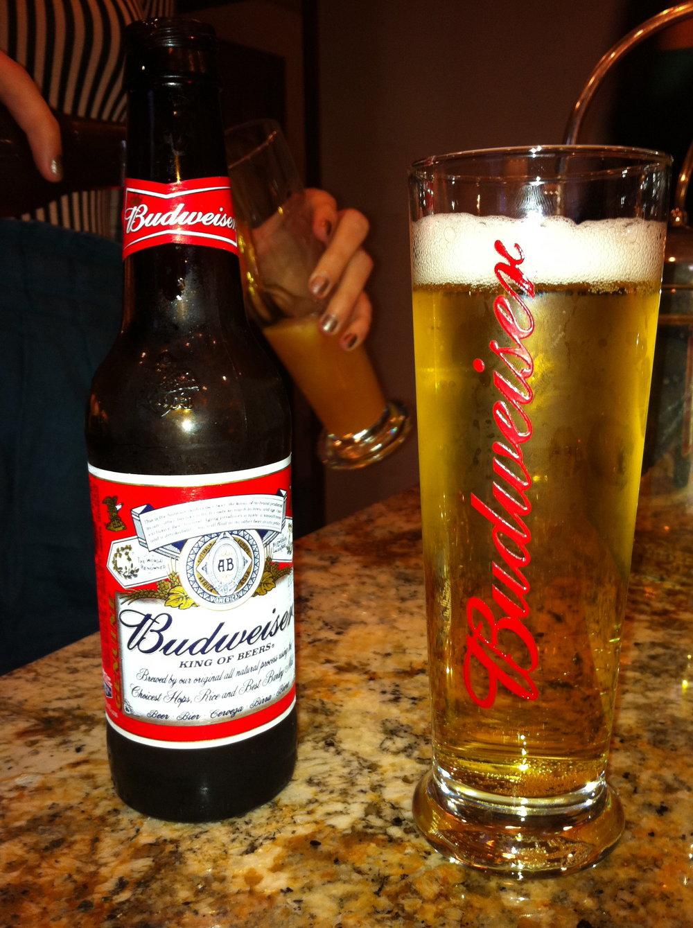 Budweiser_beer.jpg