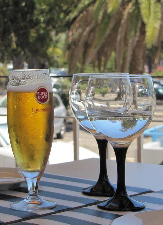 Fougeres-Wine-Glasses-Still-Life-Water-Beer-1581371.jpg