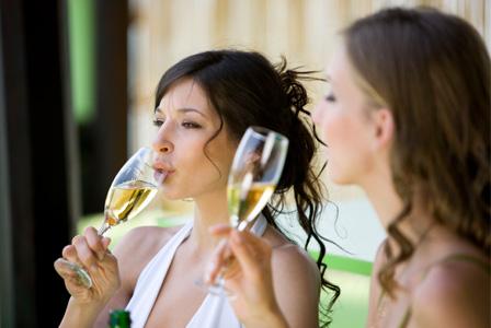 woman-drinking-sparkling-wine-horiz_weqlzv.jpg