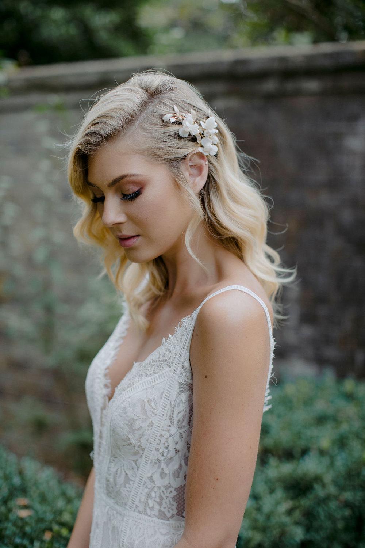 IRIS | BRIDAL HAIR COMB by TANIA MARAS