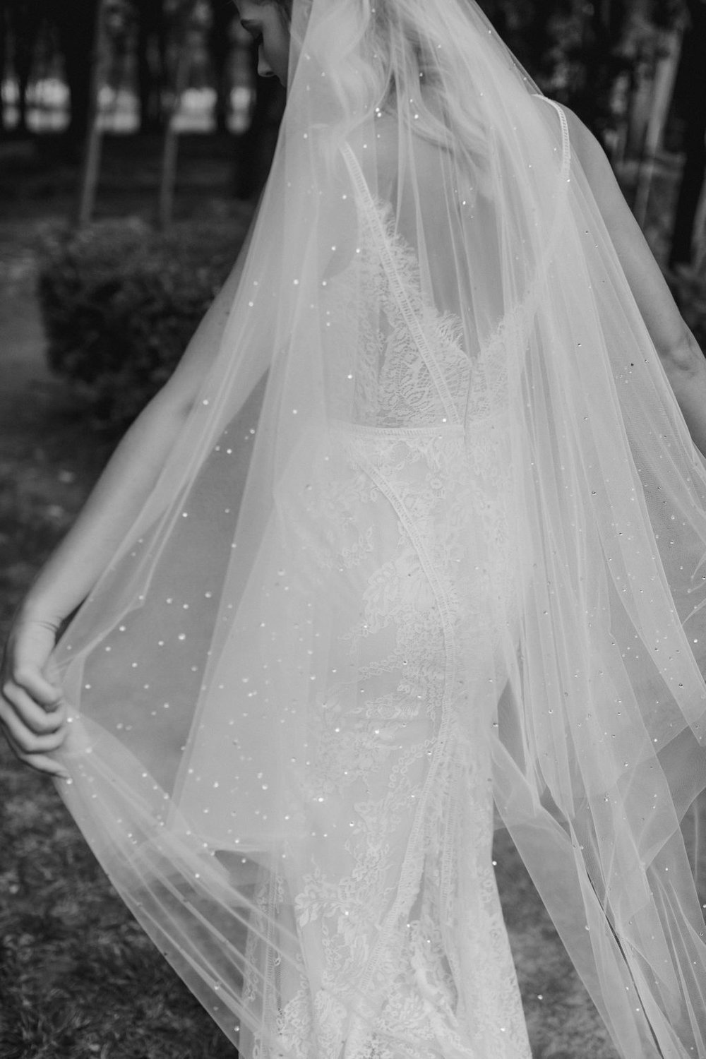 MIDNIGHT | LONG WEDDING VEIL WITH CRYSTALS by TANIA MARAS