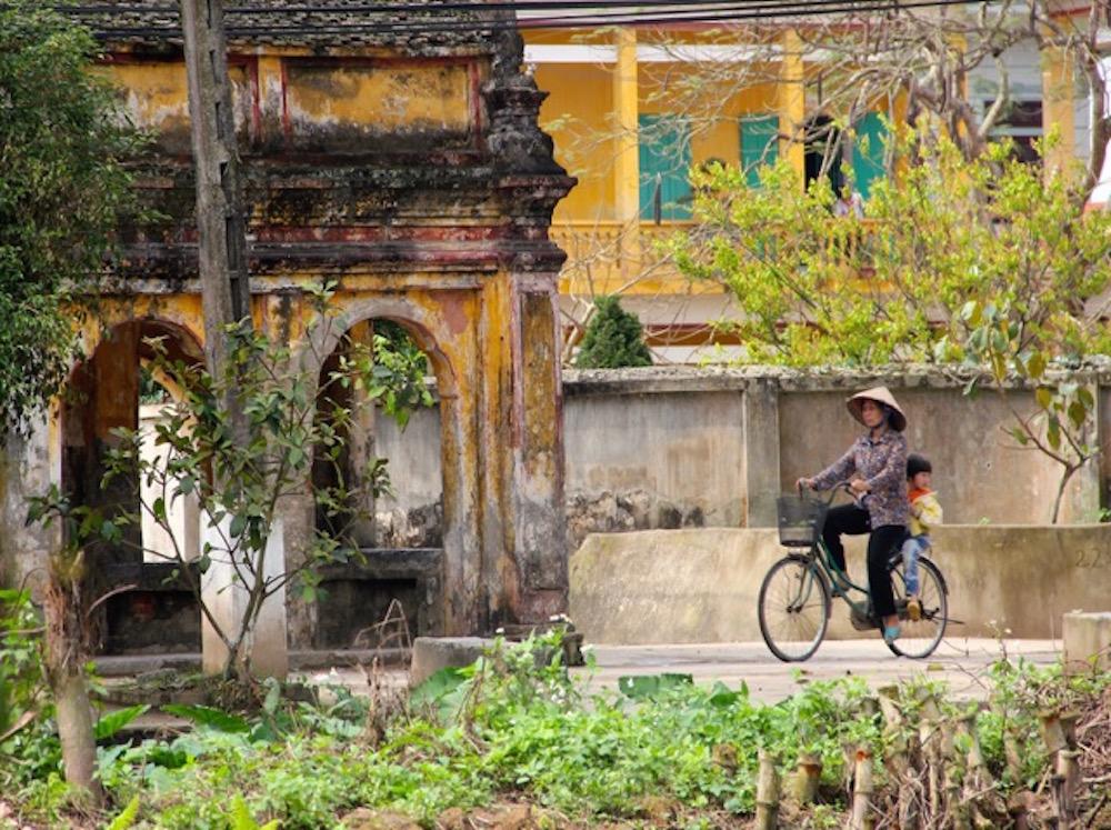 Vietnam temples.jpg