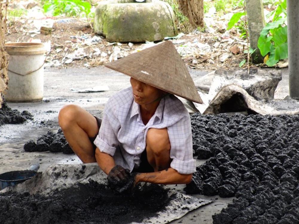 Vietnam chapeau.jpg
