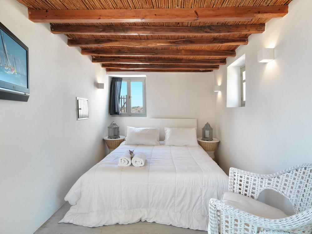 Aria Hotels Aera Milos Studio Bedroom.jpg