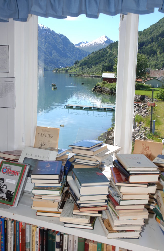 Books and fjord (Norwegian Book Town)