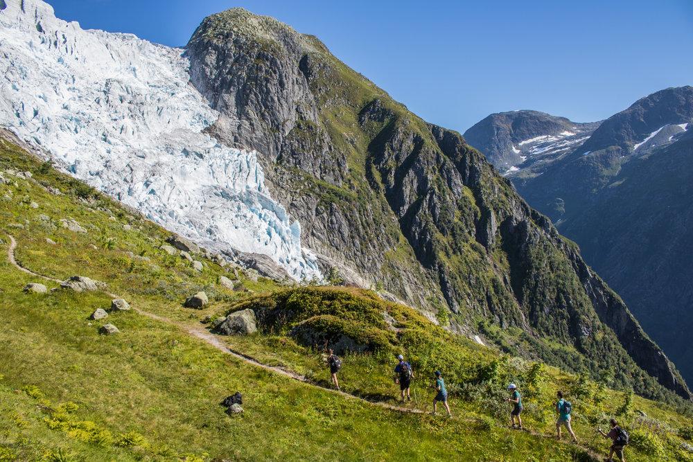 Hiking (Pål G. Kielland)