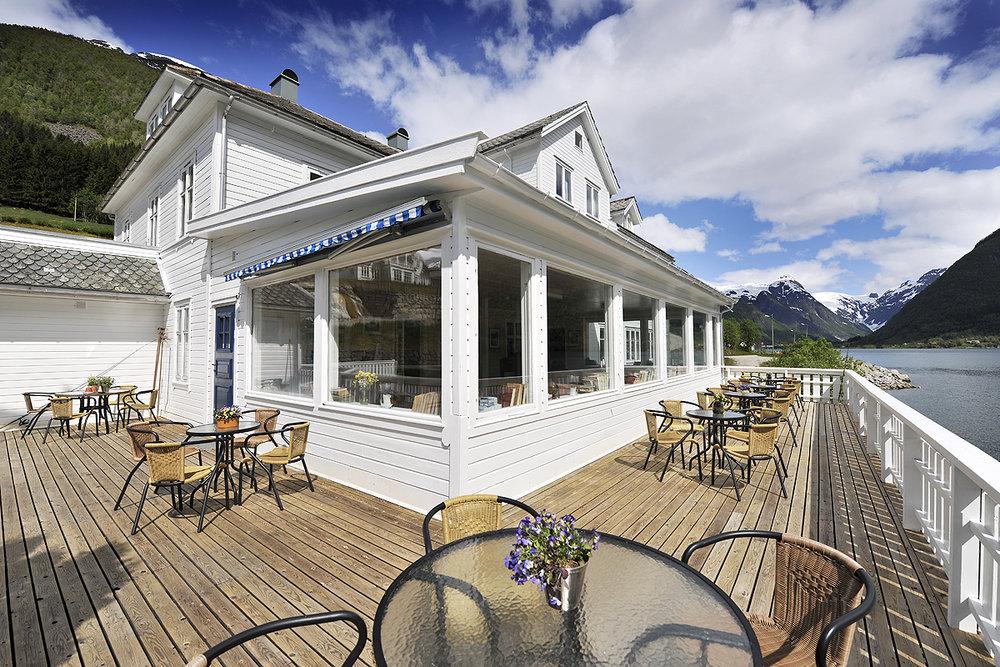 Fjaerland Fjordstove - Hotel & Restaurant
