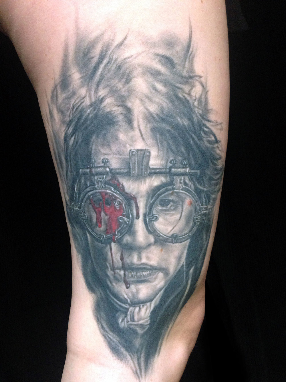 Black and Grey (with red blood..) Johnny Depp Sleepy Hollow Portrait Tattoo, (healed) on thigh   Must Watch...