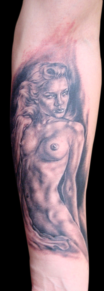 Black and Grey Blonde Rockabilly Haired Pin Up Tattoo, (fresh) Stockholm Ink Bash, Sweden