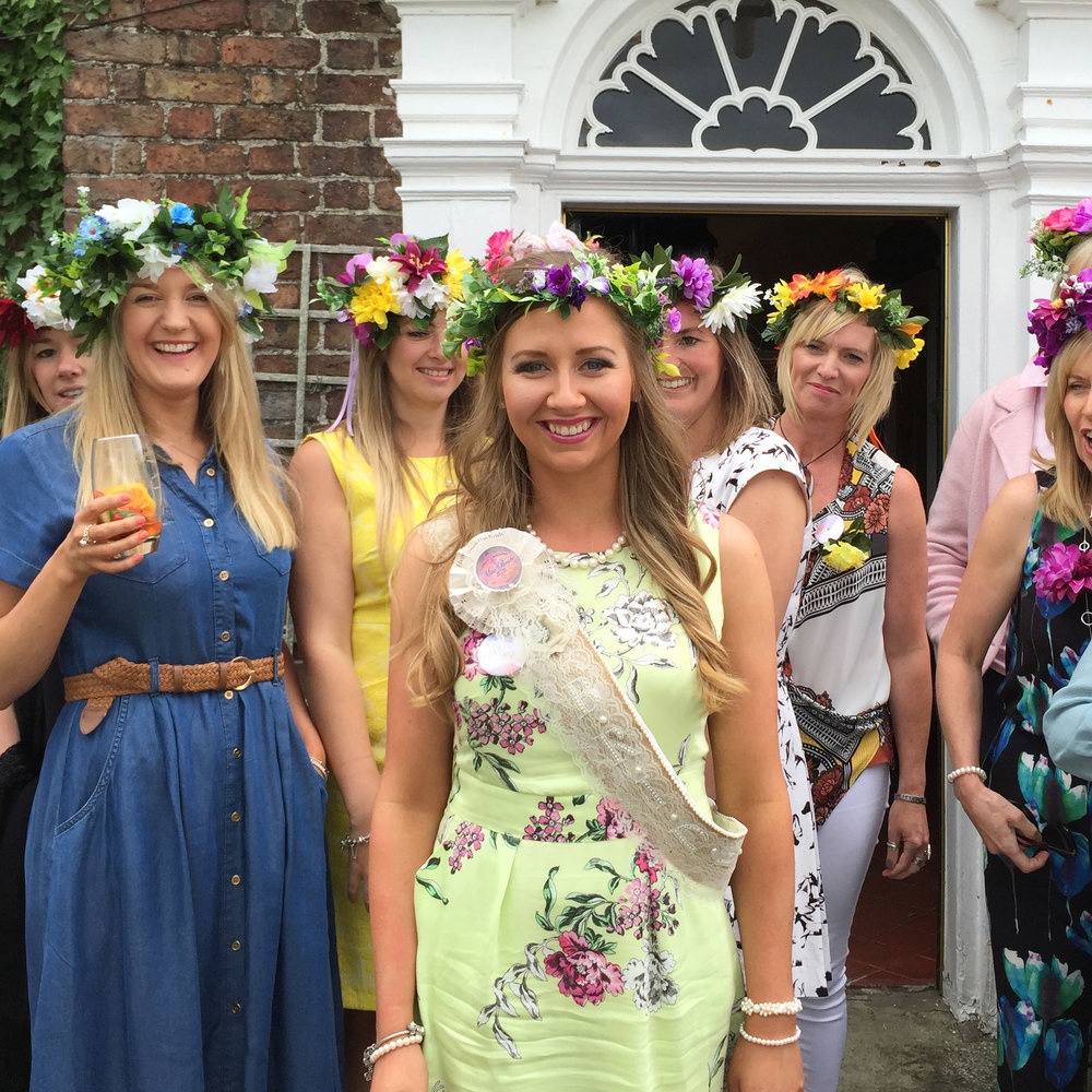 Flower crown workshop the crafty hen make your own beautiful handmade flower crown perfect for any festival themed event summer hen weekend birthday party or baby shower izmirmasajfo