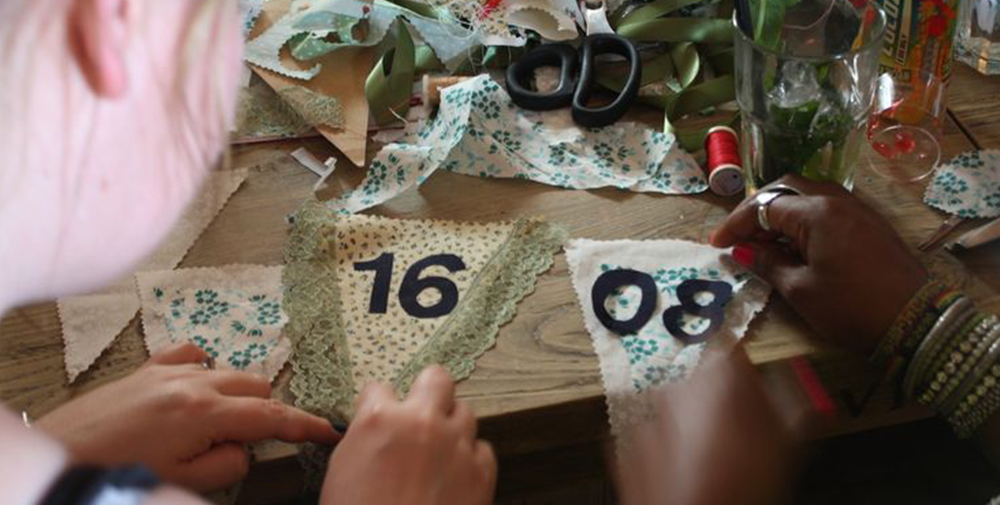 The+Crafty+Hen+bunting making party+glasgow.jpg