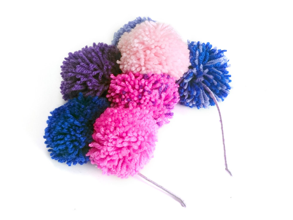 Pom pom crown making workshop 1.jpg