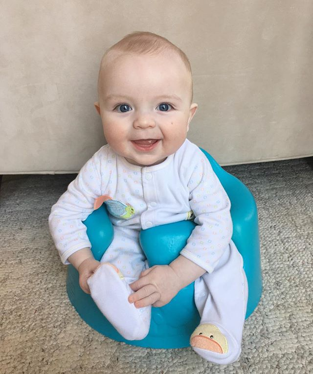 Good morning, world! ☀️ I'm 5 months old today! I enjoy smiling, staring at my sisters, trying to pet Renard and sitting in my BLUE bumbo chair (shout out to @twicethelovemama for switching bumbos with my mom so I could have a blue one 💙) I am a happy boy! #5monthsold #sellierbabybro #babyblaise #happybaby