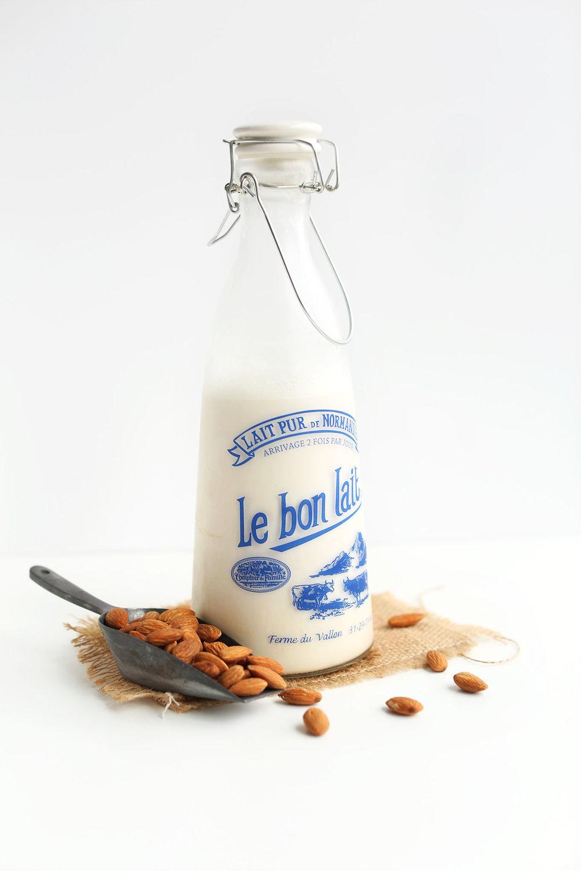How-to-Make-Almond-Milk-vegan-glutenfree.jpg