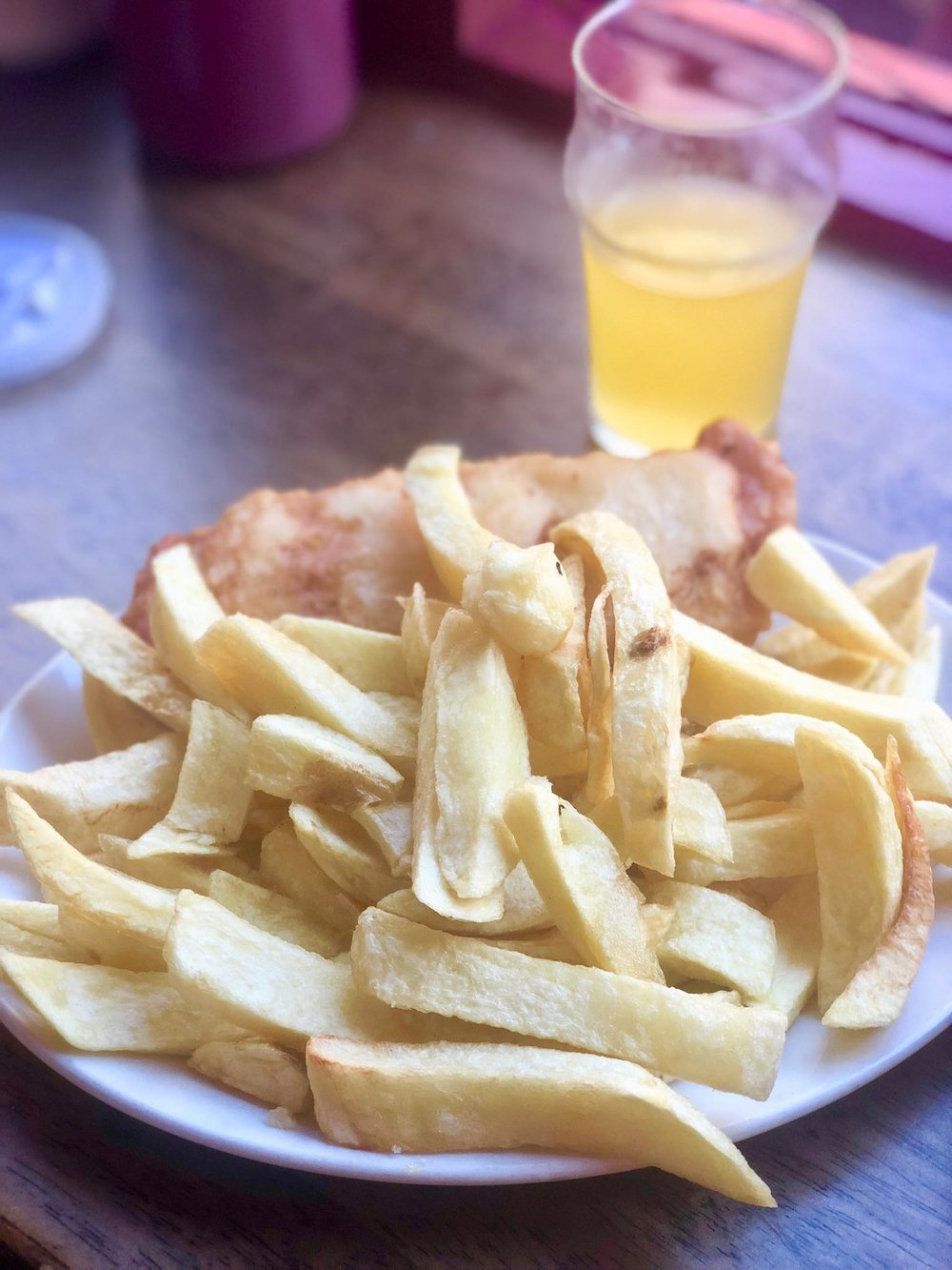 - Left, a regular, good old cod fish and chips combo courtesy of my more sensible friend. Batter was light and crisp, fries, sorry, chips, could've been slightly crunchier. Otherwise yum.