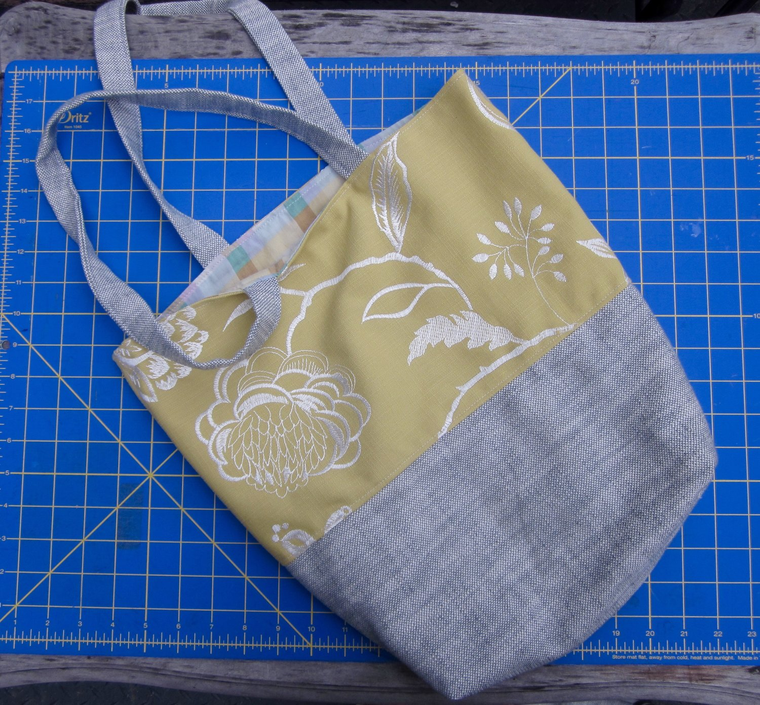 c71ef235975 Tote Bag   Yellow + White Floral Embroidery/Blue Linen