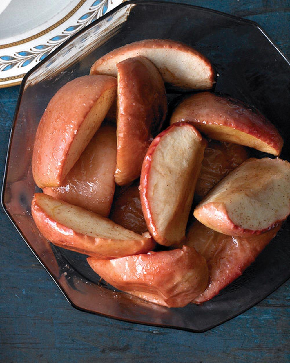 mld105100_1209_1209_roast_apples_hd.jpg