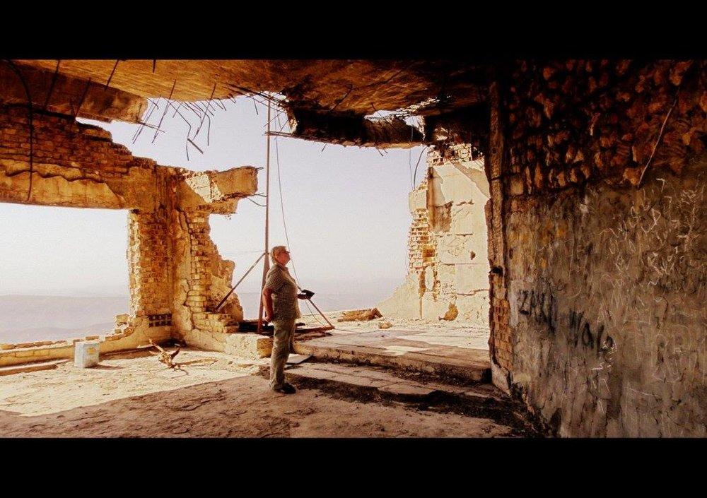IRAK REBUILDING .jpg