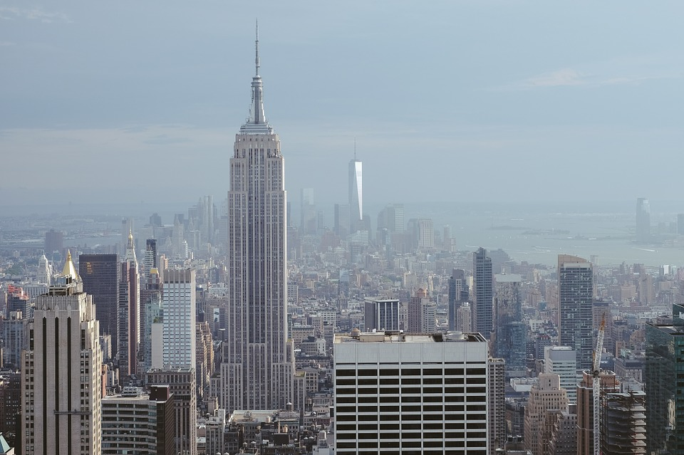 art-deco-movement-empire-state-building-new-york.jpg