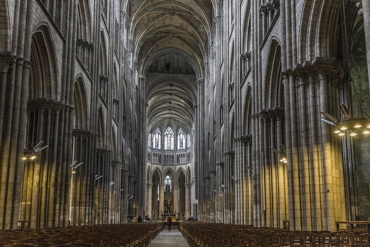 Why You Associate Gothic Architecture With Halloween
