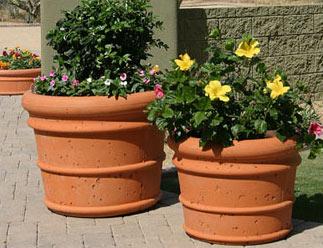 Phoenix Precast Products - Italian Series Planter