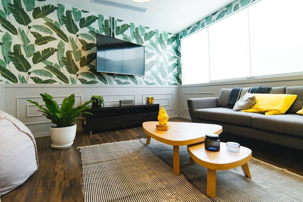 How to Achieve an Elegant Country Interior Design Theme   Design ...