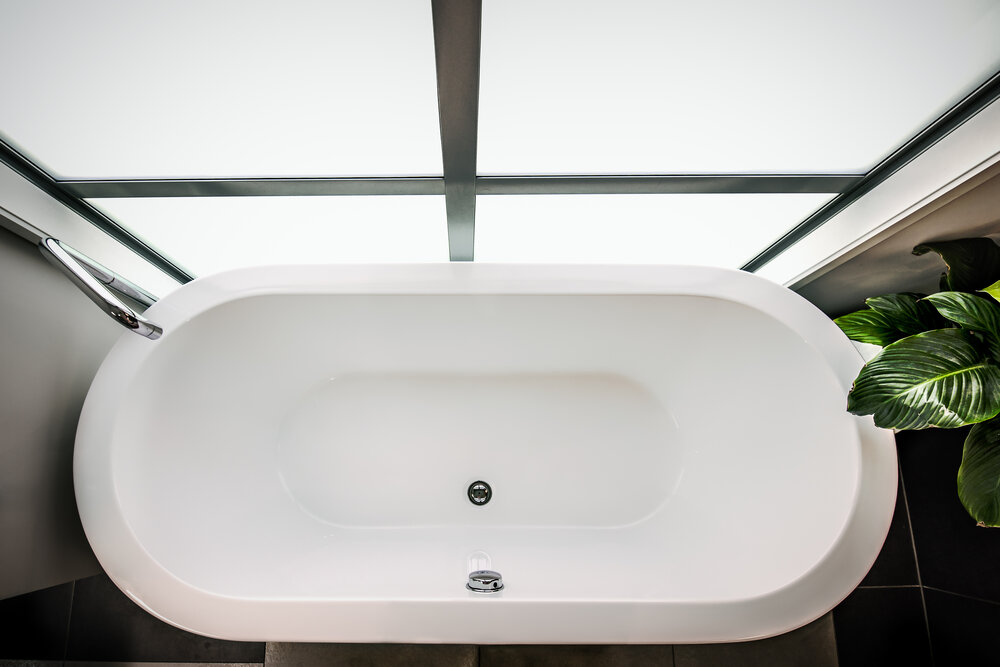Specifying Bathtubs and Showers for Commercial and Residential ...
