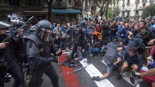 catalan police.jpg