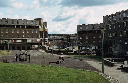 Plaza_in_the_Castlemilk_public_council_estate_building_in_1983.jpg