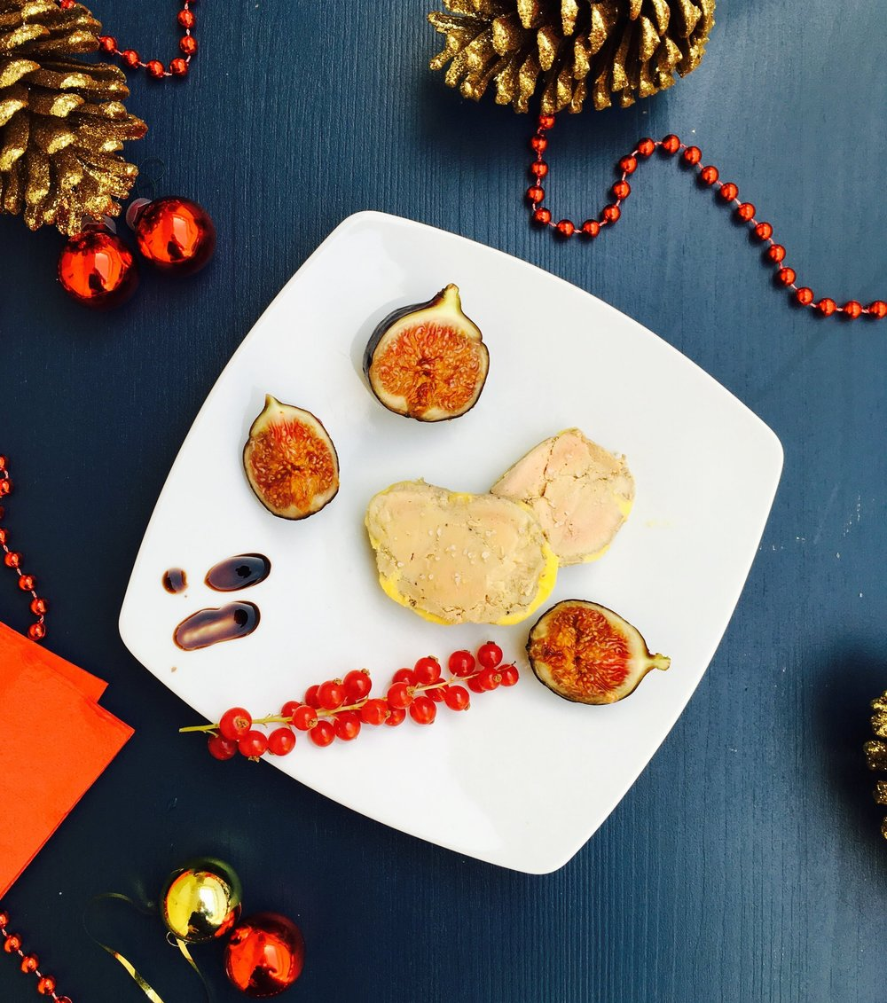 NOS MENUS DE FÊTES  - Découvrez nos menus d'exception pour célébrer votre réveillon entre amis ou en famille, mais aussi votre Noël d'entreprise.