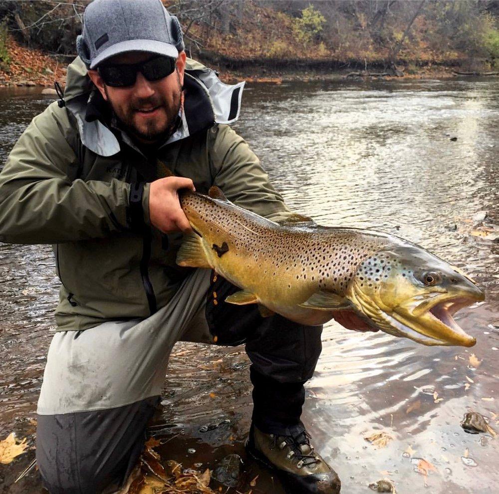 Mike Farrah    Natives Fly Fishing