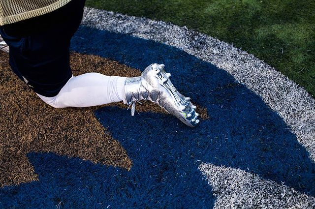 If I ever need another pair of cleats, I want shiny silver ones. #football #gubison #bisonfootball #exposeddc #morninglight #dc #gallaudet #shoegoals #corclife #thesis #deafathletics