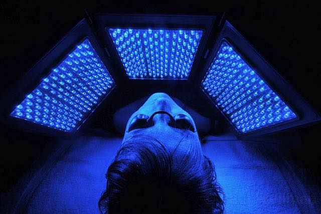 led-facial-blue.jpg