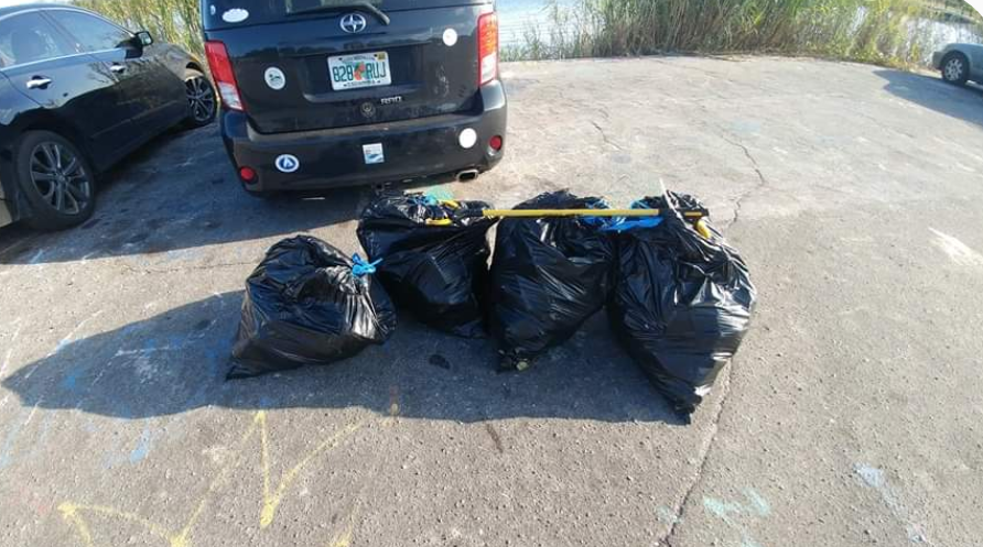 - Four days after picking up 143 lbs at Hobo Beach, Andy picked up another 82 lbs. November is the 10th out of 11 months so far this year of 1,000+lbs of trash collected!