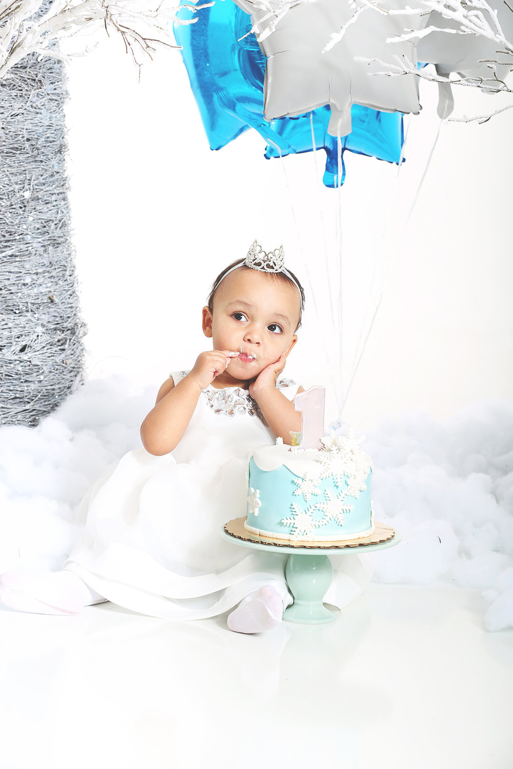 cake-smash-kids-birthday-portrait-photo.jpg