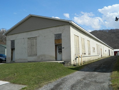101 Station St - Johnstown, PA 15905 - Offering Price $124,900 - Former Kirwin HVAC Building