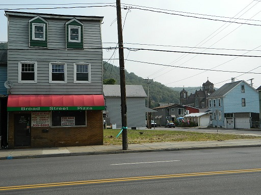 606 Broad St Johnstown 15906   For Lease - $1000 per month -  LEASED/PURCHASED