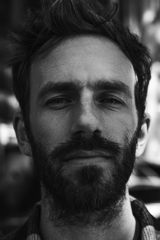 Portrait by Denis Desgagnés IG @justepourlebeaulebeau