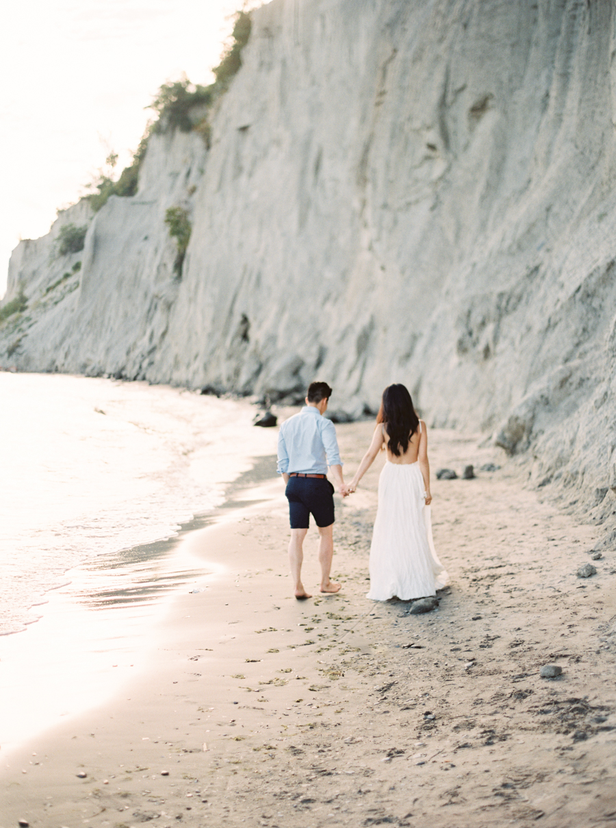 0040-When-He-Found-Her-Scarborough-Bluffs.jpg