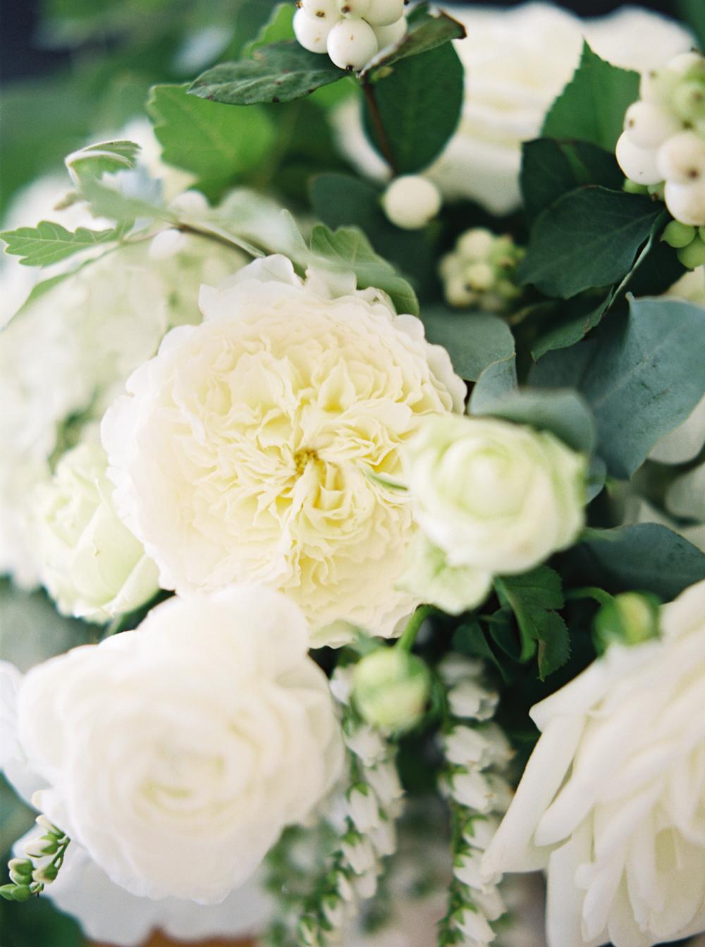 0005-When-He-Found-Her-Muskoka-JW Marriott-The Rosseau-shea-events-sweet-woodruff-canadian-resort-wedding.jpg