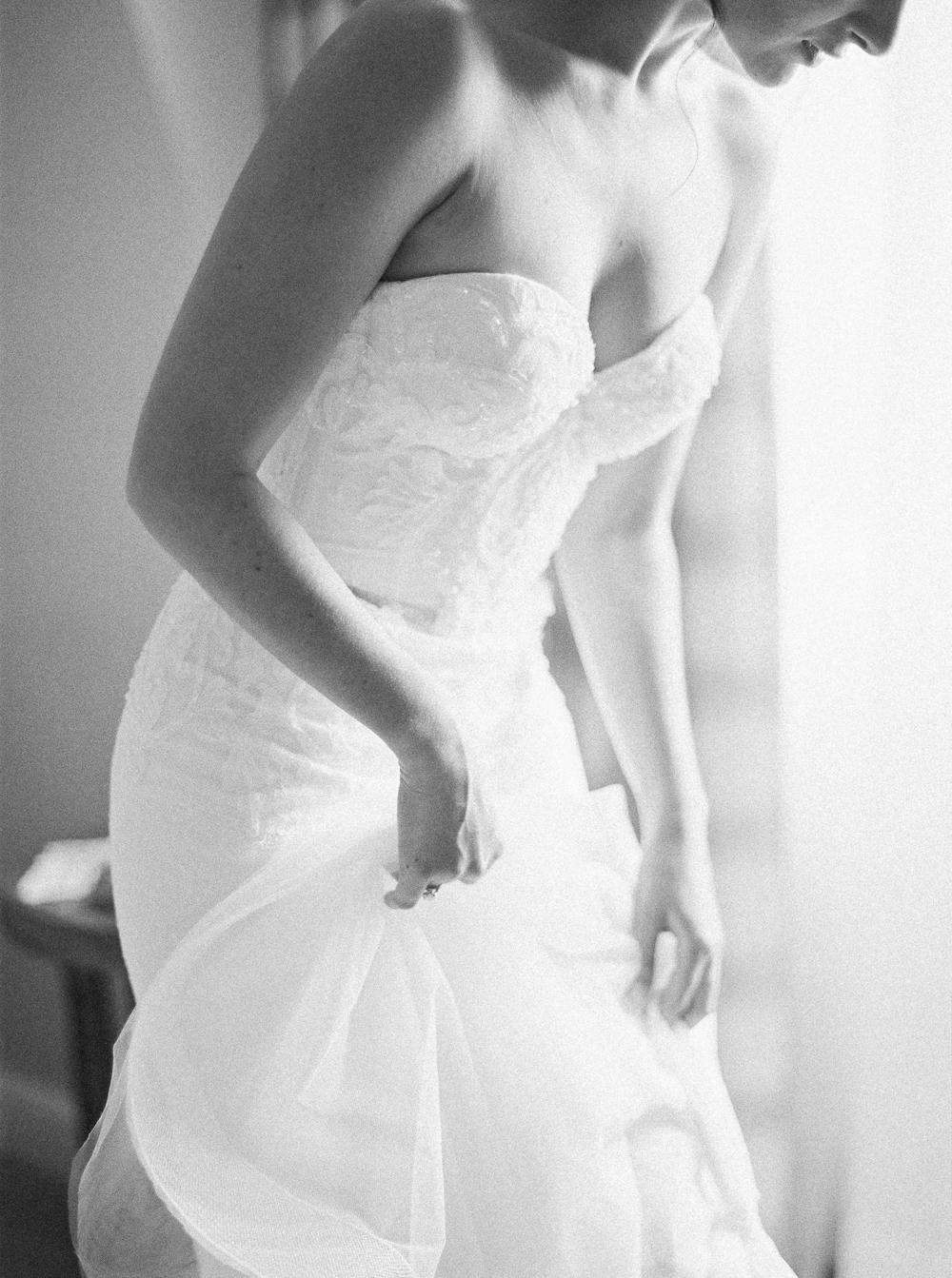 0013-When-He-Found-Her-Muskoka-JW Marriott-The Rosseau-shea-events-sweet-woodruff-canadian-resort-wedding.jpg