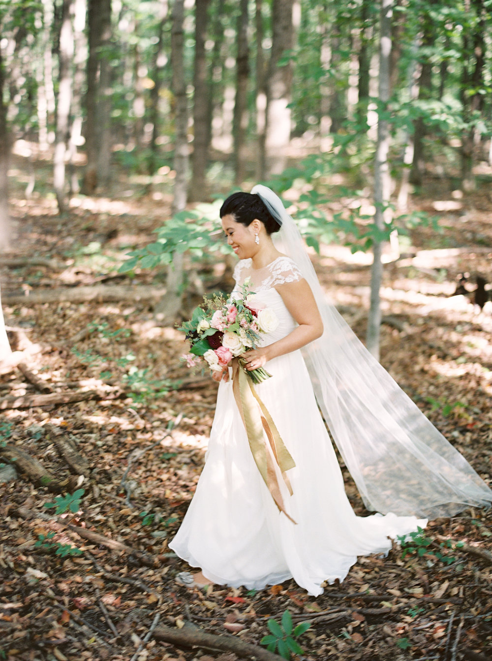 0047-WhenHeFoundHer-SugarShack-QuebecWedding-MagnoliaRouge.jpg