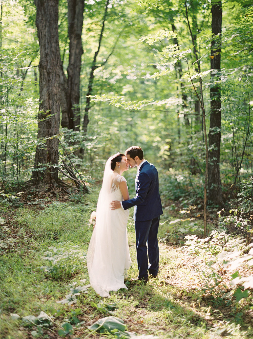 0068-WhenHeFoundHer-SugarShack-QuebecWedding-MagnoliaRouge.jpg